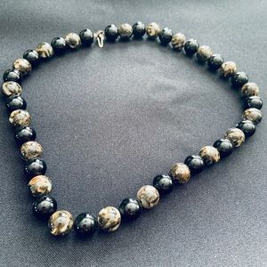 Tiger's eye and black onyx necklace